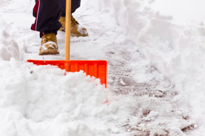 Snow Shoveling Tips, DeFalco Family Chiropractic, Auburn, MA